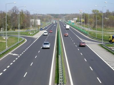 Lista autostrazilor care se opresc inainte sa inceapa din cauza contestatiilor, amanarilor sau suspendarilor de licitatii